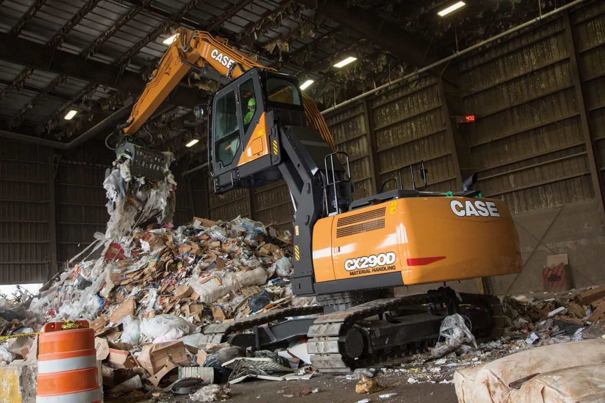 CX290D scrap loader/ material handler
